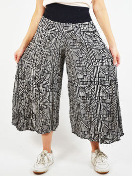 wide leg trousers black and white pattern