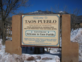 ユネスコ世界遺産タオスプエブロを訪ねる一日ツアー