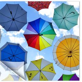StadtSicht Zürich 066b, fliegende Regenschirme 002