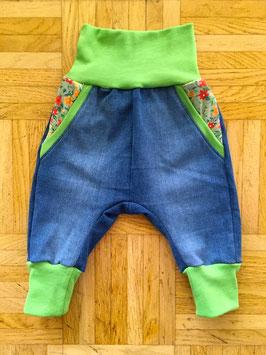 *Baby* Jeans Green flowers - auf Bestellung