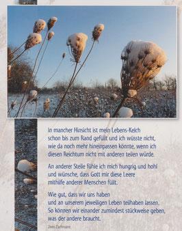 Große Postkarte: Schneekelch - bis zum Rand gefüllt