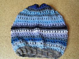Gestrickte Beanie Mütze blau