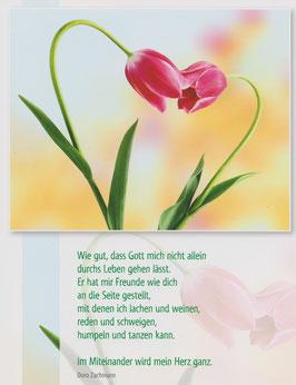 Große Postkarte: Herz aus Tulpen - Gott stellt mir Freunde wie dich an die Seite