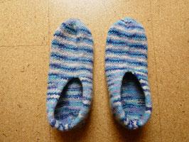 Filz-Hausschuhe / Pantoffeln Gr. 45/46 Blau-weiße Ringel