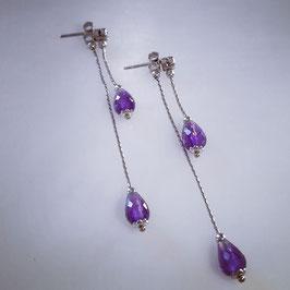 Romantische Ohrringe mit Lila Zirkonia Steinen