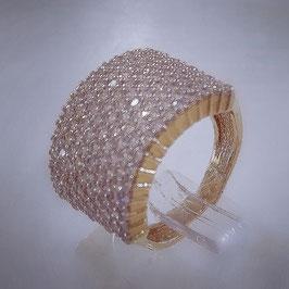 Vollbesetzter Ring mit Zirkonia Steinen