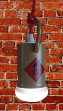 suspension en bouchon de bouteille de gaz
