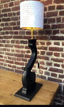 lampe en pied de piano