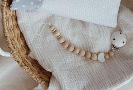 Schnullerkette aus Holz mit weißem Herz