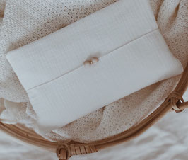 Windeltasche aus Musselin in weiß