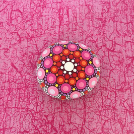 Mandala-Stein Himbeer-Rot mittelgroß