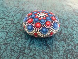Mandala-Stein Blau-Rot