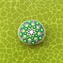 Mandala-Stein Lebensgrün