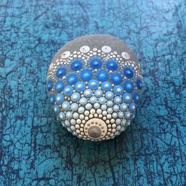 Mandala-Stein Tropfen des Ozeans