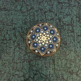 Mandala-Stein Meeresblume