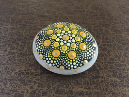 Mandala-Stein goldene Sonne