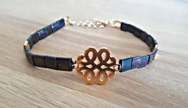 "Bracelet ""Flower"" bleuté à reflets"