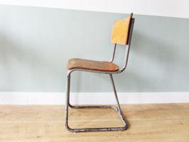 -SOLD- Vintage stoelen 40,- (vintage industrial chairs)