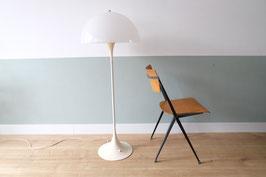 Vintage Louis Poulsen Panthella vloerlamp  |  19.973.L