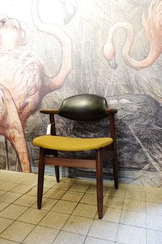 Bullhorn chairs  |  18.700M