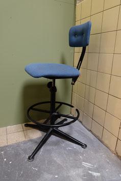 Friso Kramer stoel  |  17.314.M