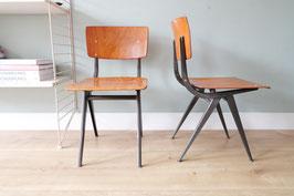 Vintage stoelen  in kinder maat  |  18.746.M