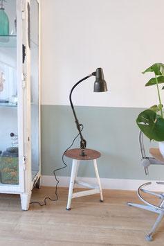 Oude sis lamp  |  16.204.L