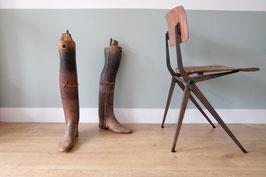 SOLD - oude houten benen  |  16.165.O