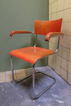 Thonet stoel  |  17.325.M