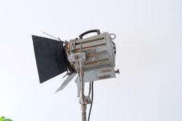 MR studiolamp  |  16.