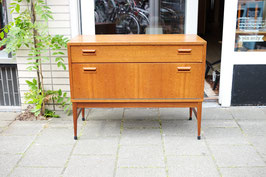 -SOLD- Klein dressoir  |  18.650.M