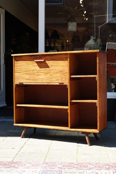ON HOLD - Vintage bureau kast  |  18.637.M