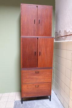 Hoge vintage wandkast, drie delig  |  18.603.M