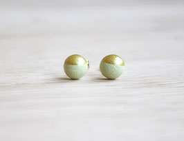 "wooden stud earrings ""light green gold"""