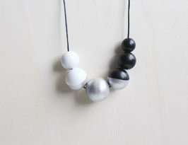 "round necklace ""black-silver"""