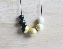 "round necklace ""ivory-black"""