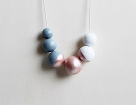 "round necklace ""gray-rosé"""
