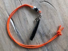 Reepschnur orange mit silber/schwarzen Beads Pfeife schwarz 211.5
