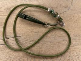 Glattleder kaktus mit gesprenkelten Beads grün/weiss Klimbim Herz mit Pfote Pfeife moos