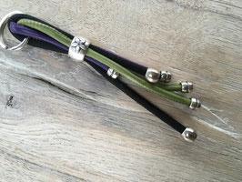 Taschen - oder Schlüsselanhänger kaktus schwarz violett