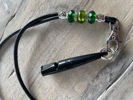 Glattleder schwarz mit versch. grünen Beads Pfeife schwarz 211.5