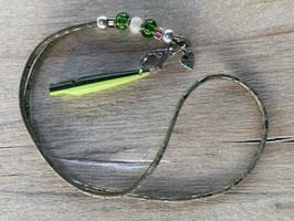 Damasco Leder grün mit grünen und Perlen Bead Klimbim Herz mit Pfötchen Pfeife zweifarbig grün/hellgrün