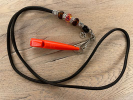 Glattleder dunkelbraun mit braunen und gelb gesprenkelten Beads Klimbim Pfötchen Pfeife orange 211.5