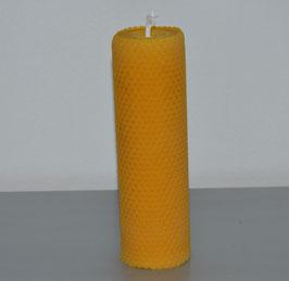 gerollte Kerze breit