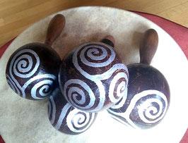 Einfache Schamanenrassel mit keltischer Triskele