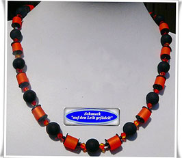 186. schwarz-orangefarbene Polariskette