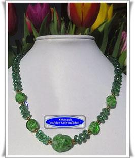 687. grüne Muranoglas-Kette