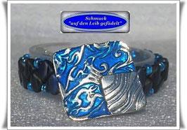 4) Armband mit schickem Zierknopf