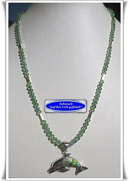 1657. grüne Glasperlenkette mit Muranoglas-Delfin-Anhänger