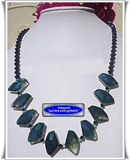 235. außergewöhnliche Kristallglas-Kette